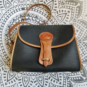 VINTAGE DOONEY AND BOURKE LEATHER PURSE RETRO CUTE